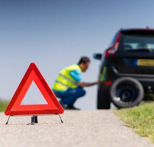 Pomoc drogowa, holowanie  pojazdów